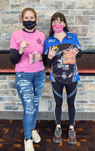 Connie Altice wins via double dip